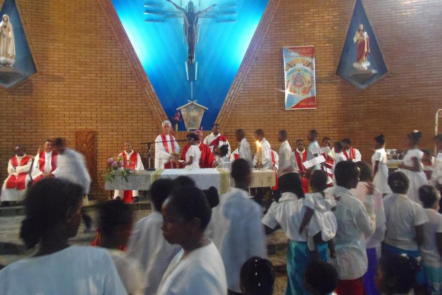 Celebração jubilar em Ifanadiana