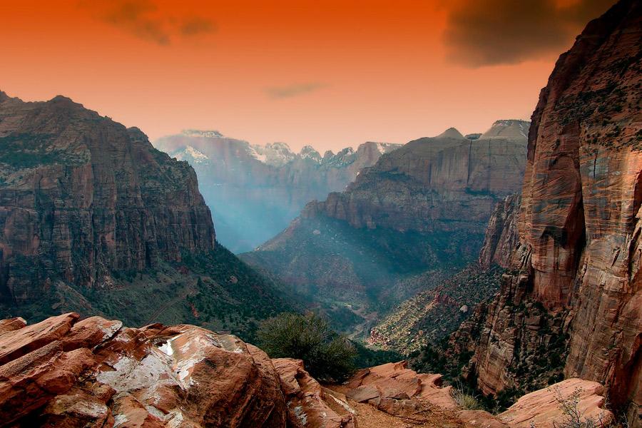 Por entre montes e vales…