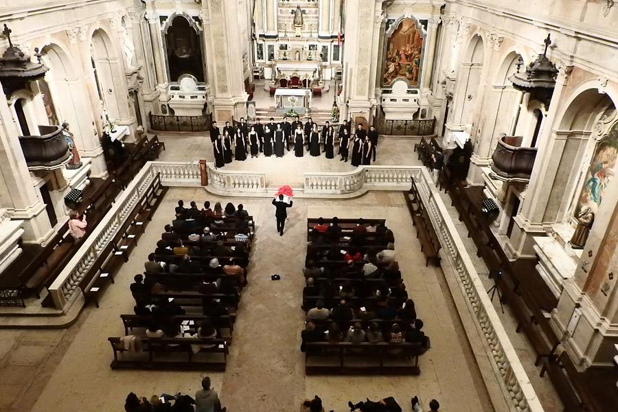 """Concerto de Música Sacra executado pelo """"Nova Era Vocal Ensemble"""" no Loreto"""