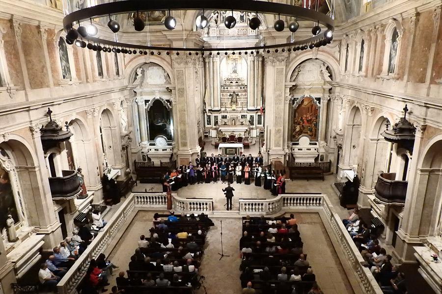 Concerto no Loreto coro Ricercare e de Detroit